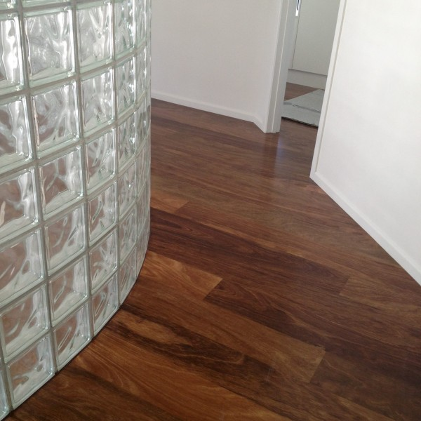 Installation Big River Armourfloor Spotted Gum